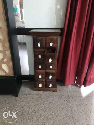 Savile Chest of drawers