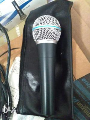 Black And Silver-colored Wireless Microphone