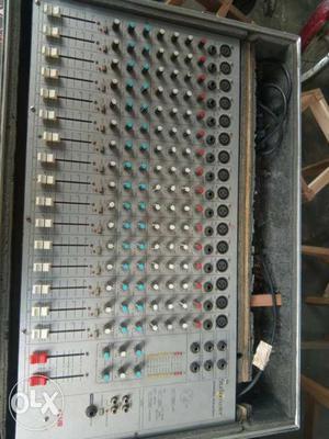 Gray Audio Mixer Screenshot