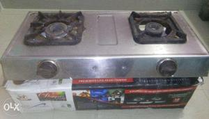 Two burners GAS OVEN in good condition. Rs. 400, FIXED PRICE