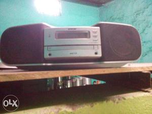 Sony compeny f.m with c.d plyr combo