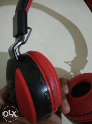 Bluetooth headphone nice condision