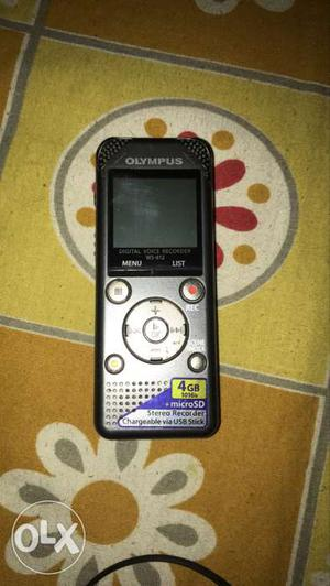 Olympus digital voice recorder for sale in very