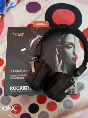 Black Boat Bluetooth Headphones With Box