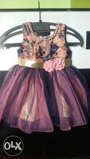 Brown And Purple Floral Sleeveless Dress With Floral Accent