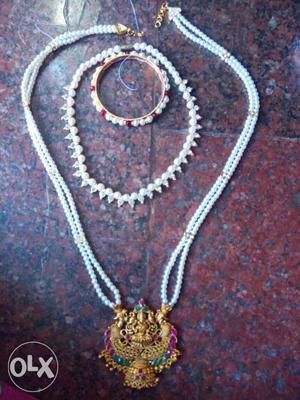 Hand made jewelry at best price