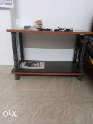 Set of 2 table hardly used for less than a year.
