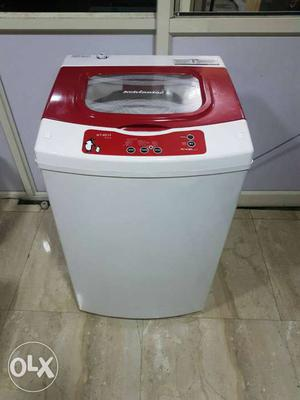Kelvinator 6kg fully automatic washing machine with free