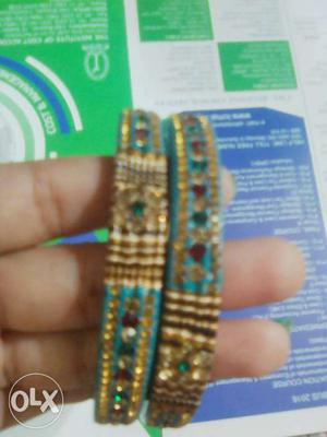 Teal-and-gold-colored Gemstone Beaded Thread Bangles