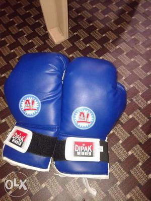 Boxing Gloves New 12 OZ. 16 OZ. and 18 OZ. Head-gears.