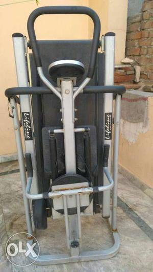Life line 5 in 1 manual excersize machine.1 year