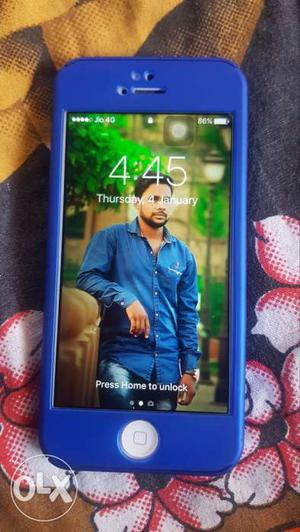 3 years old gud condition mobile with charger &