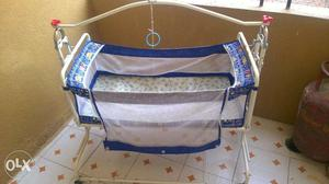 Kids cradle in a very good shape, used for 1.5