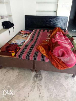 New double bed in affordable price with good