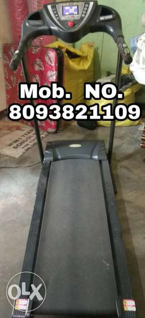Good and Less Used Treadmill Automatic Step Ahead