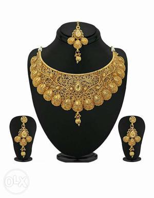 Brand new jewellery set (golden)