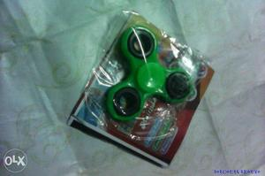 Green 3-blade Fidget Spinner With Clear Plastic Case