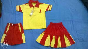 Hi we manufacture all types of uniforms. blazers. Hassan