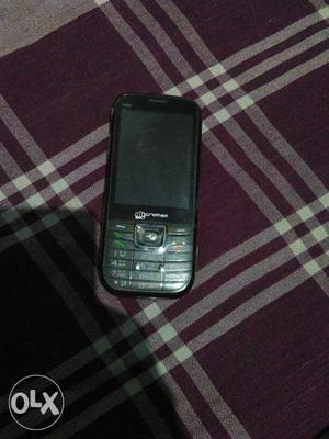 Micromax x352 mobile. dual sim. no any fault.
