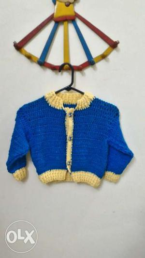 A wollen sweater crocheted by me for a child of