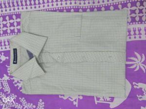 Club Fox Almost New Formal Full Shirt - Size L.