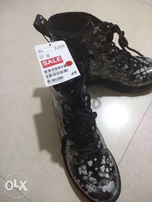 ORIGINAL H&M Superb sale on kids boots upto 5-8