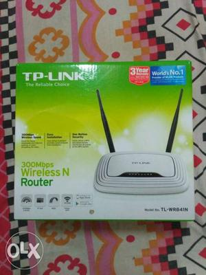 TP-LINK WIRELESS 300 Mbps ROUTER,only 1 year