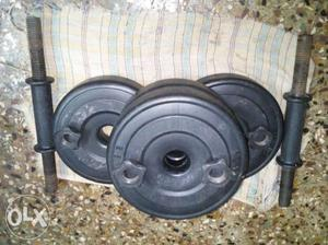 Dumbells of 4 tyres each 2.5 kg (total set 10 kg