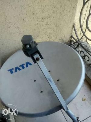 Tata sky set in excellent condition