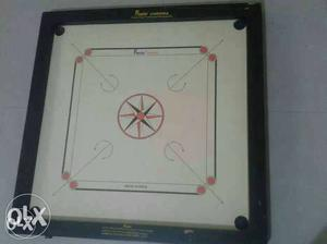 Large size carrom board