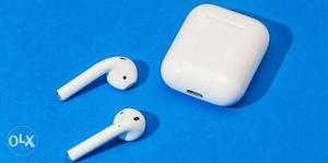 Apple wireless earpods only 1 month old