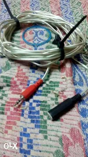 Black And Red Audio Jack Cable