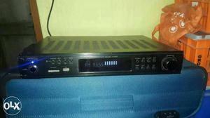 Dnm amplifiet 2.1 amp f.m u.s.b pendrive