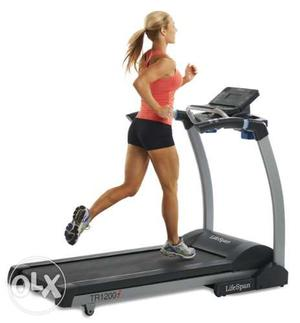 Treadmill is on rent at delhi and gurgaon on rentbeandotcom