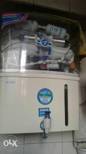 White And Blue Water Purifier