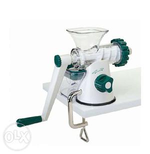 Big Boss Heavy Duty Masticating Slow Juicer Reviews : Big boss cold press heavy duty slow masticating Posot Class