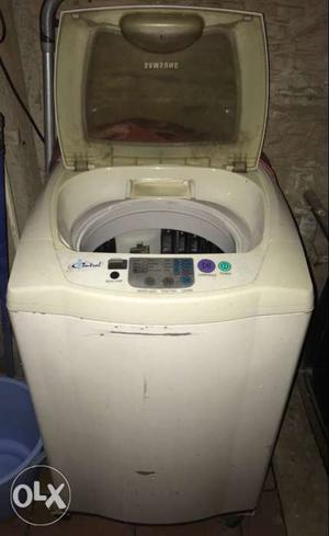 Top load fully automated Samsung Washing Machine