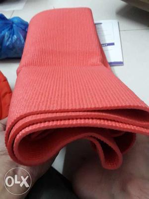 Yoga mat for daily used as good as new Selling as