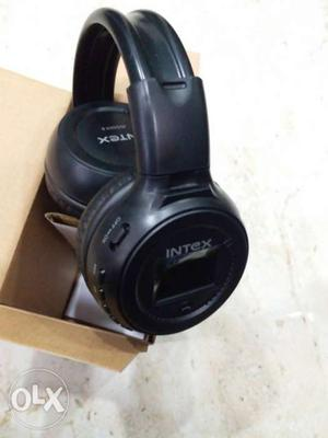 Intex wireless headphones. NEW pc.