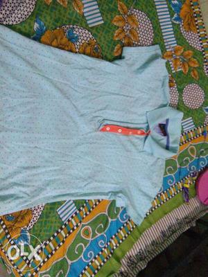 Vry cool,light colour tee to wear