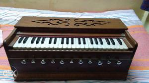 High wood quality, in a very good condition. Has