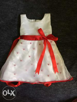Red and white Designed Sleeveless Pleated Mini Frock
