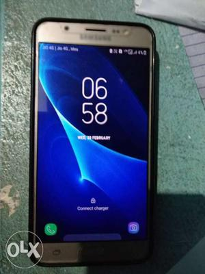Samsung galaxy j7 16 It is very good condition