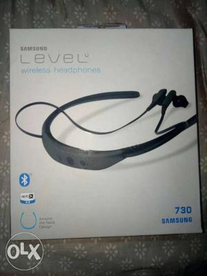 Samsung level u Headphone with mic.Unused