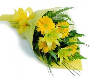 Send Flowers To A Special Day More Special Coimbatore