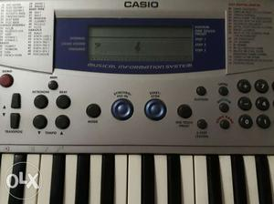 Casio MA-150 Keyboard with new bag is up for