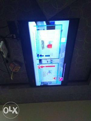 49 inch lg smart led internet tv,,, 2 month old..