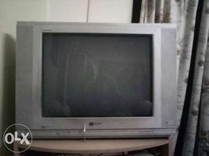 LG Flatron tv! good condition! negotiable price