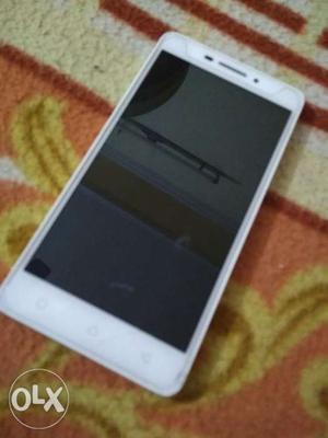 Lenovo 4G phone. Excellent Condition. Lenovo Vibe
