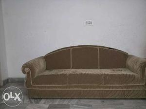 5 seater sofa in a good condition with a good